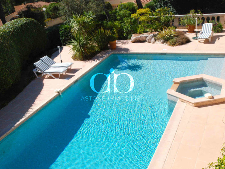 Cassis Maison E piscine 2