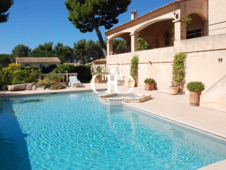 Cassis Maison E piscine