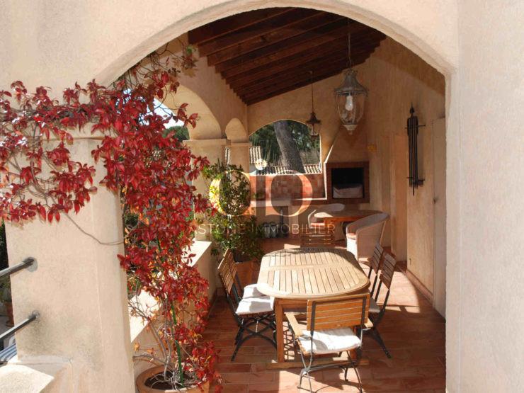 Cassis Maison E terrasse